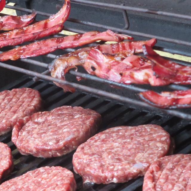 Büffel Bacon und Wagyu Patties
